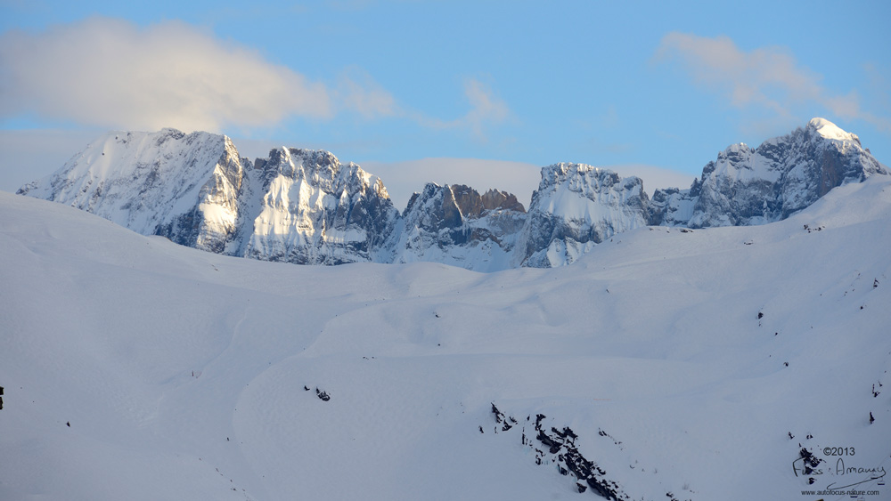 Dents blanches (2756 m) vu depuis le coeur de la station d'Avoriaz